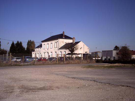 Auneau-gare-7.jpg